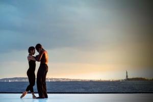 frauen kennenlernen beim salsa tanzen